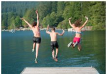 Lake Cushman kids swimming