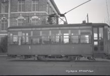A streetcar on Capitol Way