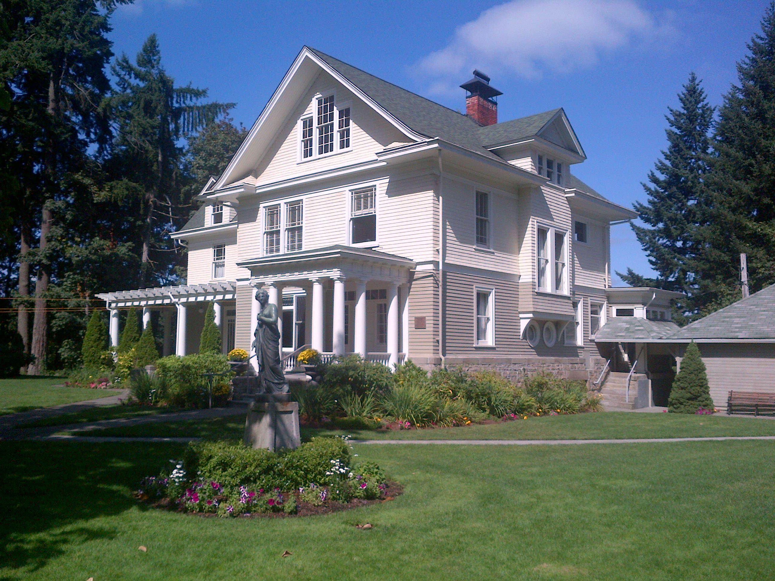 schmidt house