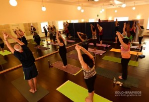 In the Core Class, Jessica includes postures derived from the traditional 84 postures of the Bishnu Ghosh lineage.