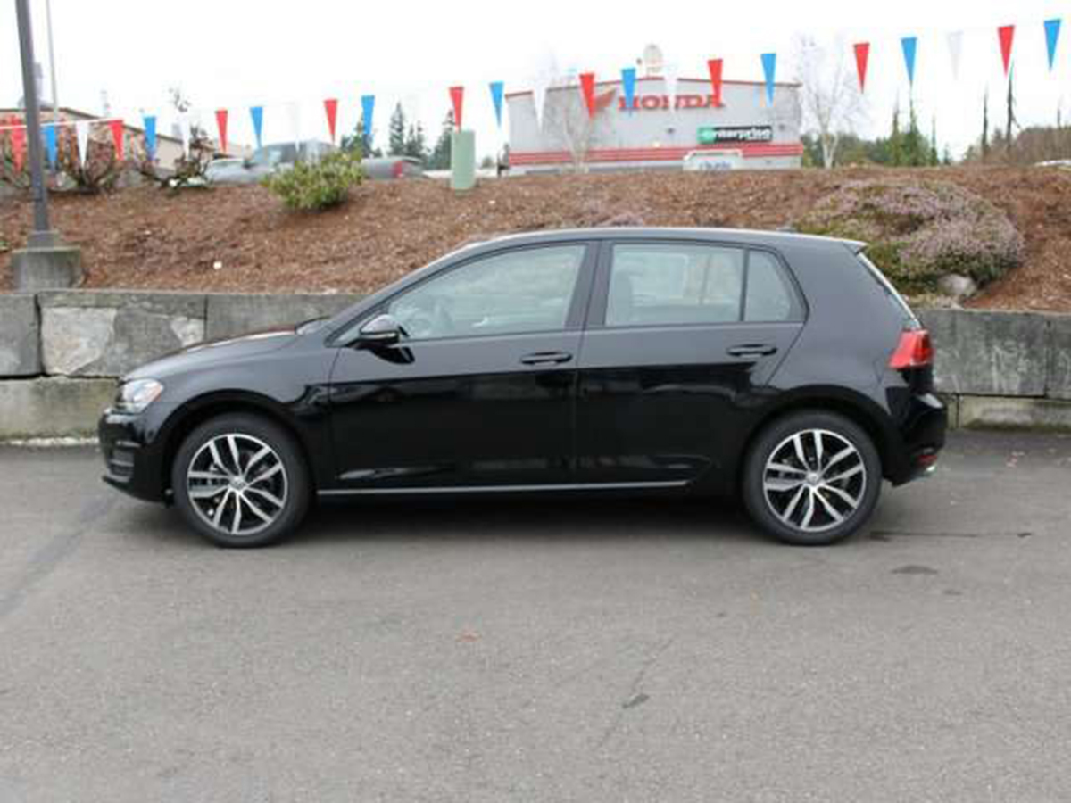 volkswagen of olympia sales manager, john paine, is a team player in