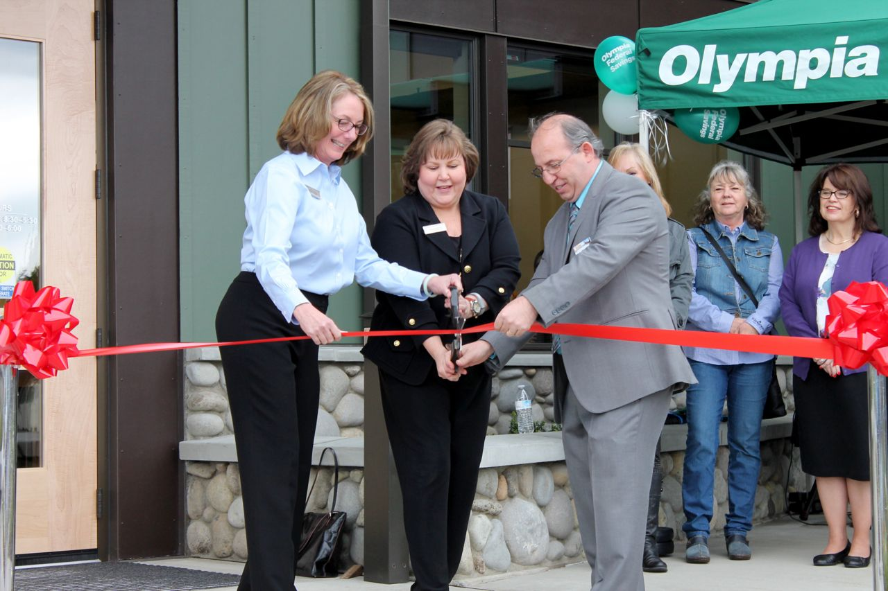 Olympia Federal Savings Has Big Impact After 3 Months In Yelm Thurstontalk