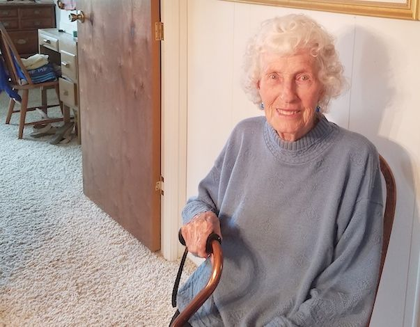 Margaret Roberts At Age 90 Art Knows No Age Thurstontalk