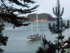 live aboard sailboat
