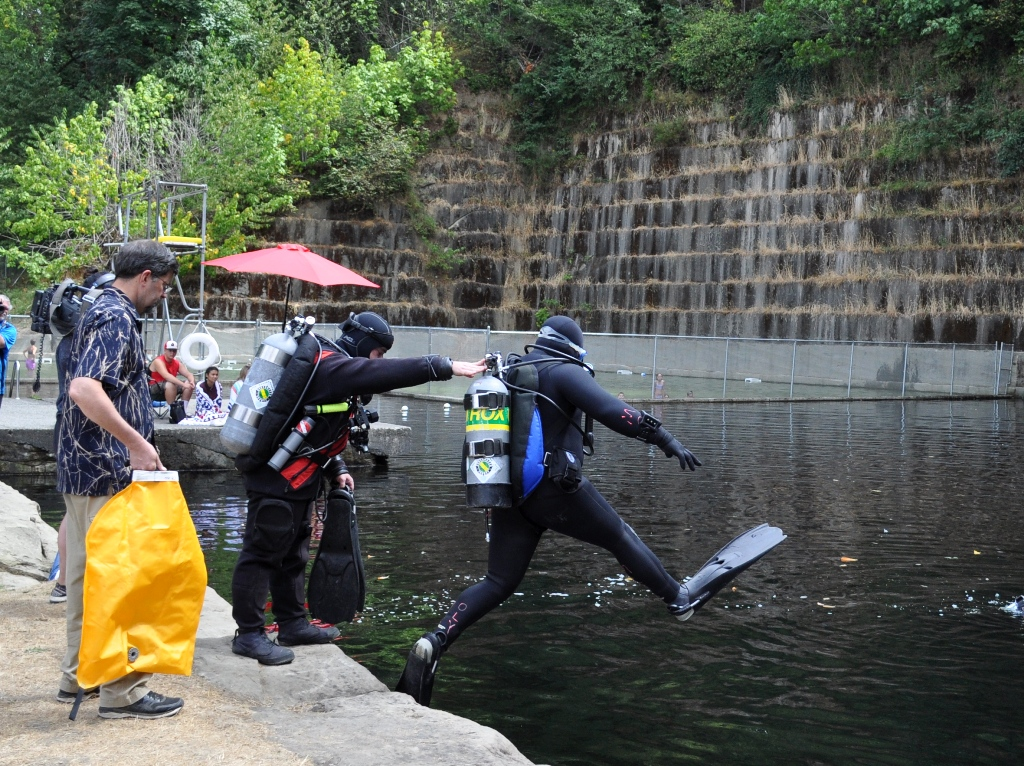 Tenino Quarry Pool dive