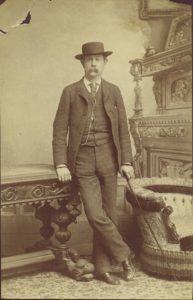 William Huston, Tenino