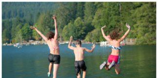 Lake Cushman kids swimming