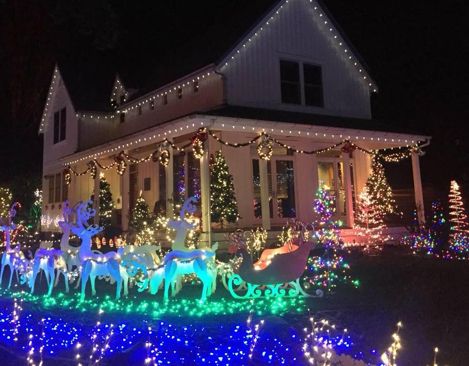 Where to Find Christmas Lights in Olympia and Surrounding Areas