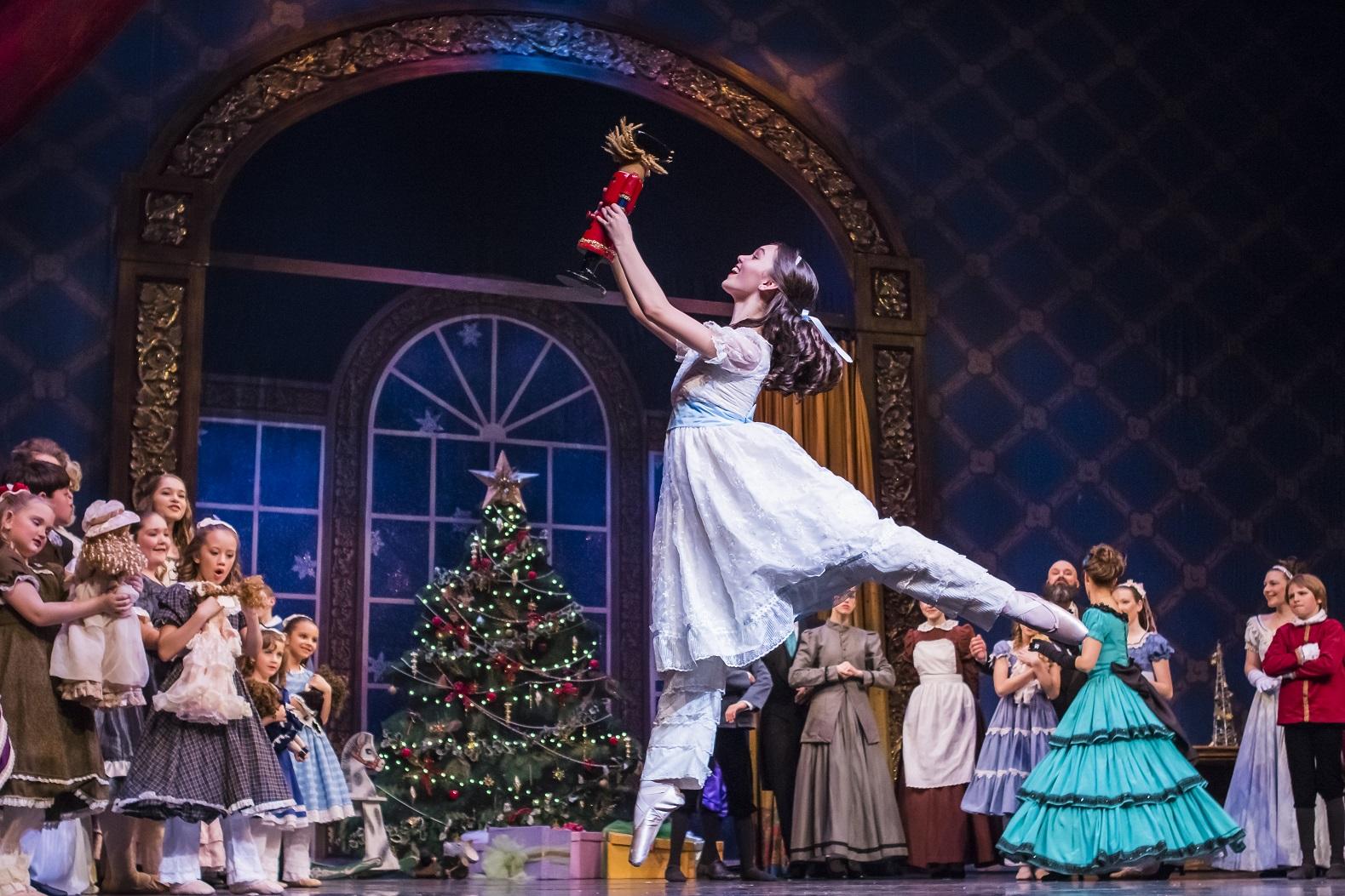 Family Favorite Nutcracker Ballet Returns To The Beautiful Minnaert Stage Thurstontalk
