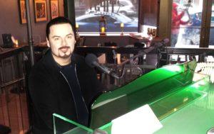Tipsy Piano Bar Olympia Chris Avila