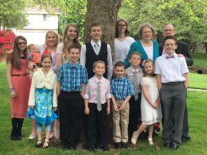Lynn Urvina family