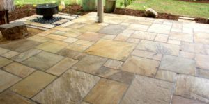outdoor patio - flagstone