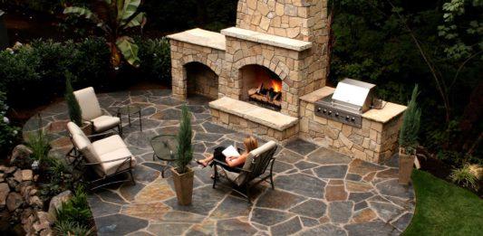 outdoor living patio