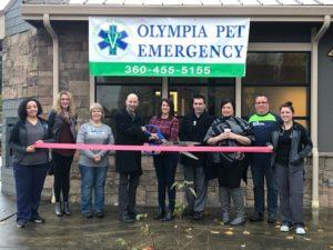 Olympia Pet Emergency ribbon cutting