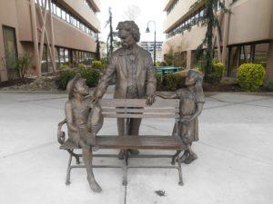 Mark Twain Statue Olympia