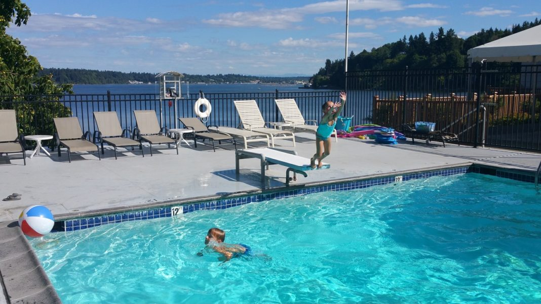 Olympia Country and Golf Club summer swimming