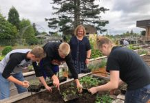 Rainier Community Garden Landscaping Students
