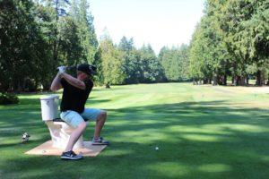 BIG Swing Golf Tournament Golfer-'s Tee Off