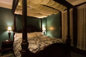 Swantown Inn and Spa Guestroom