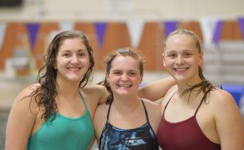 North Thurston girls swimmiing 1