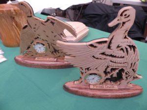Panorama Holdiay Market woodcrafts