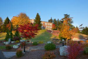 Saint Martins University veterans autumn on campus