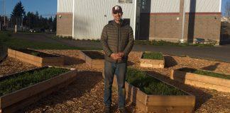 Evergreen Grad Freedom Farmers Learning Garden Blue Peetz