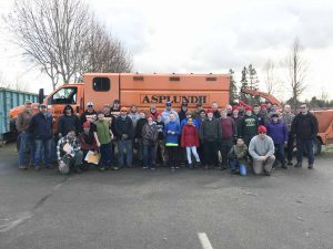 City of Lacey Christmas Tree Round Up Group Photo