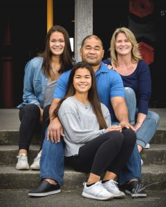 L&L Hawaiian Barbecue Matautia Family