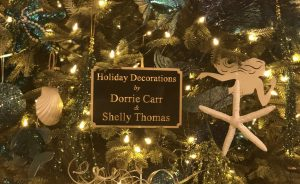 Washington Center Plaque Reading Tree Decorated by Shelly and Dorrie
