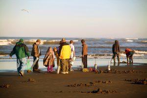 Quinault Beach Resort Casino clam diggers on beach