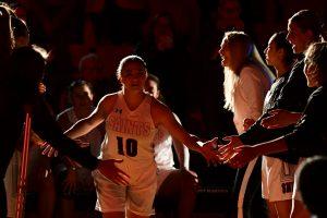 Saint Martins womens basketball schultz