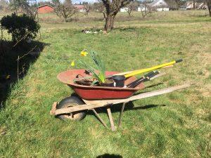 360 Chiropractic wheelborrow for lifting