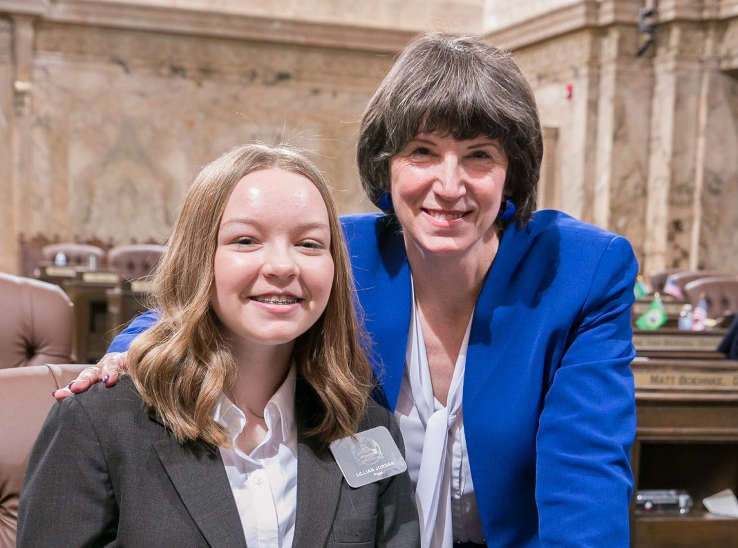 Rep. Laurie Dolan with House Page Lillian Jordan, March 6, 2019.