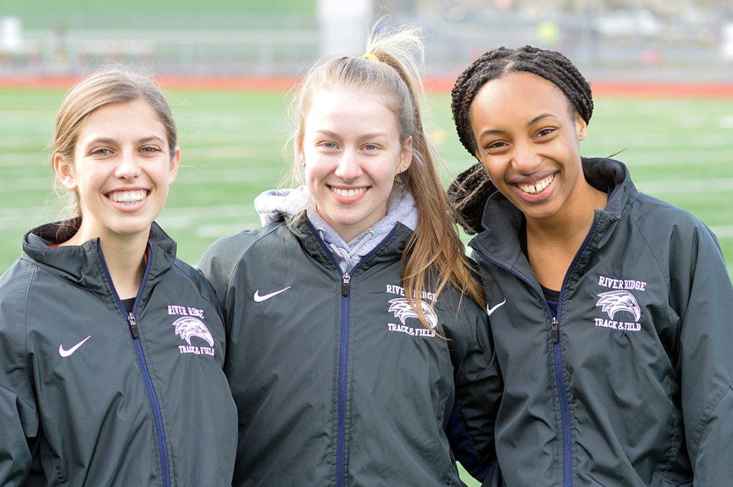 River Ridge girls 400 track relay