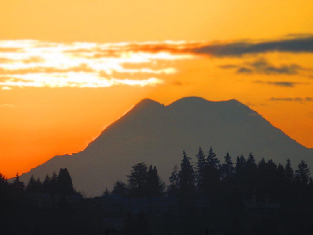 Thurston County Olympia Scenic mountain sunset