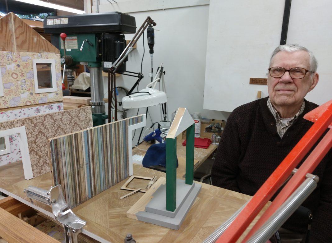 Rorden builds custom dollhouses