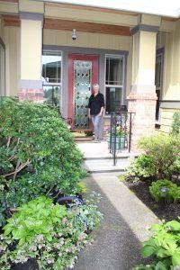 Jubilee Marlene in her Yard