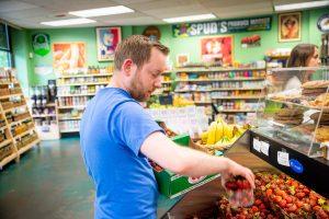 Spooner Berry Farms Spus Produce Market Strawberries Spuds