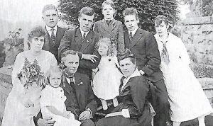 Walter Scheel and Family of Tenino, WA