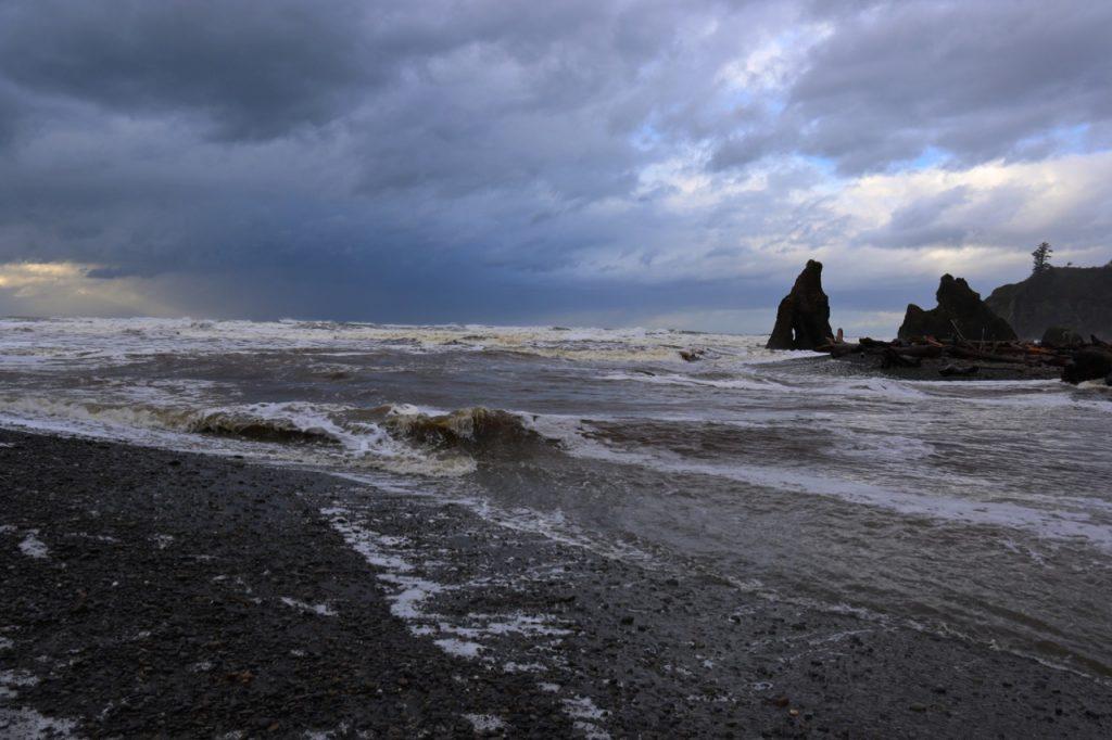 How to Storm Watch Grays Harbor Coast Ruby Beach