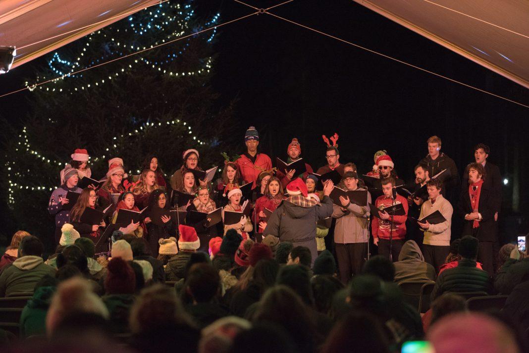 Saint-Martins-University-Christmas-Under-the-Canopy-Darrell-Born-and-the-choir
