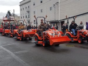 Yelm Christmas in the Park J&I Tractors