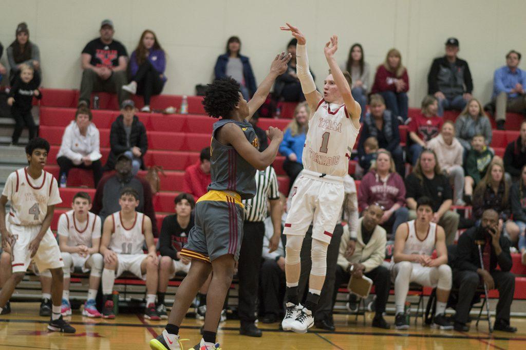 Yelm boys basketball Austin Schaler