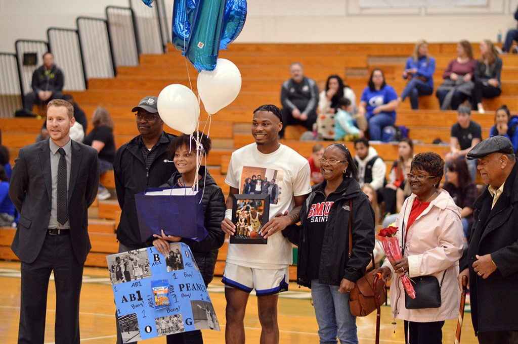 SPSCC basketball Sophomore Night