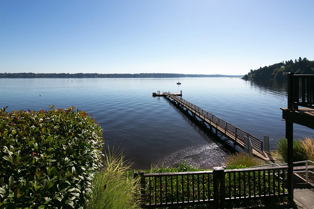 Olympia-Country-and-Golf-Club-amenities-waterfront-mountain-view