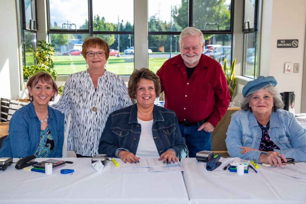 Last-Lacey-Chamber-Auction-2019-Denim-and-Diamonds