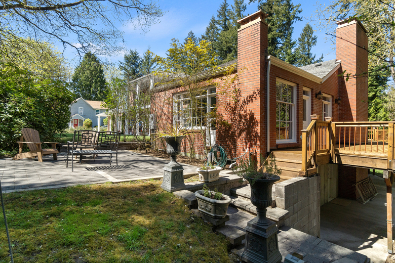 Trena-Belsito-Worthington-homes olympia history 27th-Avenue-house-east-wing