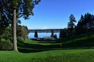 olympia country golf club-golf-course-mountain-view