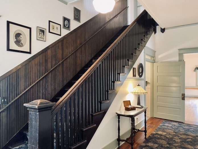 Abigail-Stuart-House olympia-stairwell